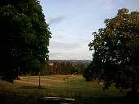 Louka před domem - Tatobity - Žlábek