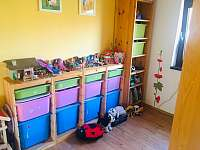 ložnice s palandou - chata k pronajmutí Mladějov