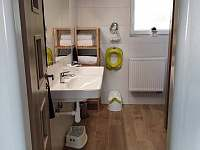 Koupelna s WC - pronájem chalupy Olešnice - Pohoří