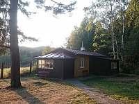 Ředitelská chata, pokoje Ř1, Ř2, samostatné verandy - k pronájmu Pařezská Lhota