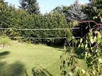 Hřiště na volejbal nebo badminton - Malá Skála