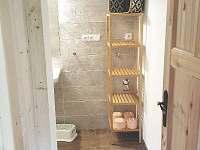 Koupelna se sprchovým koutem - pronájem chaty Malá Skála