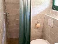Sprchový kout - chata k pronajmutí Malá Skála