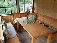 Vnitřní veranda - chata k pronajmutí Malá Skála