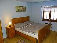 třílůžkový pokoj 1.patro - apartmán k pronájmu Radvánovice