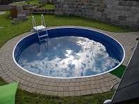 Bazén se solárním ohřevem vody