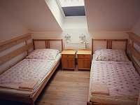 ložnice pro dva v apartmánu s balkónem - Turnov