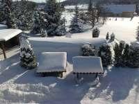 zimní pohled z horní terasy - Pařezská Lhota