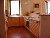 kuchyň - chalupa k pronajmutí Troskovice