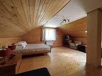 horní ložnice č.1 - pronájem chalupy Brada