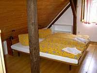 ložnice - chalupa ubytování Újezd pod Troskami - Hrdoňovice