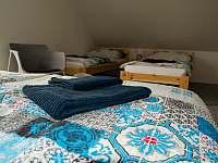 Pro váš pobyt jsou připraveny lůžkoviny a ručníky - chata ubytování Osek u Sobotky