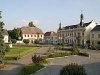 Radnice města Rovensko pod Troskami