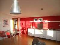 kuchyň -součást obývacího pokoje