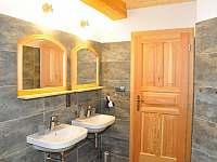 Koupelna se saunou - chalupa k pronajmutí Záhoří - Dlouhý