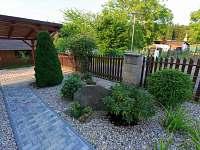 Zahrada - chalupa ubytování Pařezská Lhota