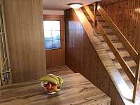 chodba do obýváku - chalupa ubytování Zbirohy
