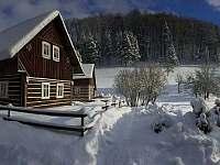 Zimní období - pohled od cesty - Klokočí