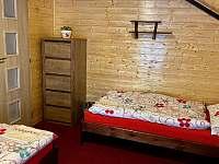 chata Amálka - pokoj č.3 v patře, třílůžkový - Pecka