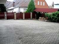 Apartmány Svatý Jan, parkoviště - ubytování Turnov