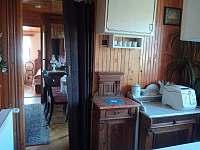 Pohled z chodby - chata ubytování Ohrazenice