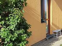 vchod do apartmánu - ubytování Turnov - Pelešany