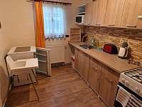 Chalupa Vesec APT pro 4 osoby kuchyň -
