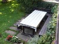 Zahradní posezení - ubytování Pařezská Lhota