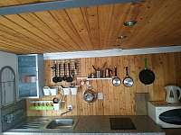 kuchyňský kout - apartmán k pronajmutí Rovensko pod Troskami