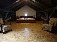 Ložnice č. 1 - chalupa k pronájmu Střížovice