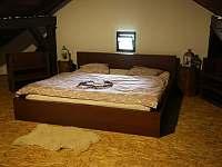 Ložnice č. 1 - pronájem chalupy Střížovice