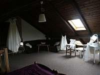 Ložnice č. 2 - chalupa k pronajmutí Střížovice