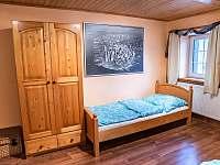 Pokoj 1 v horním patře - chalupa k pronajmutí Svojek