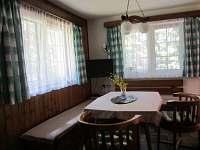 Obývací pokoj - chata k pronájmu Staré Splavy