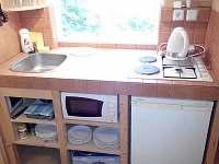 Kuchyňka - chata ubytování Košťálov