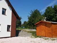 Kolna pro úschovu kol - chata k pronájmu Žďár u Mnichova Hradiště