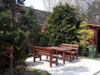 zahrada - posezení - Dobšín