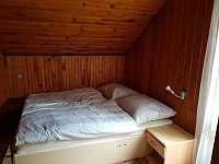 2. pokojík s manželskou postelí - chata ubytování Branžež