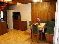 Obývací pokoj / jídelna - chata ubytování Branžež