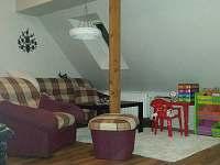 podkroví - obývák