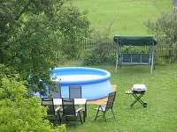 zahradní bazén - pronájem chalupy Ploukonice