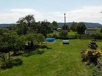 zahradní prostor - chalupa ubytování Ploukonice