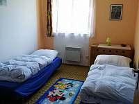 Ložnice 3 - chalupa ubytování Rovensko pod Troskami - Václaví