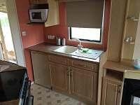 Kuchyňka - chatky ubytování Drštěkryje