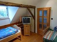 Chata - první ložnice2