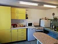 Kuchyň - chalupa ubytování Žďár u Kumburku