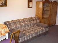 ložnice v podkroví - rozkládací gauč - Žernov
