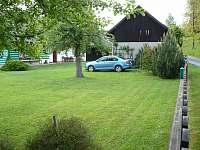 zahrada - pronájem chalupy Žernov