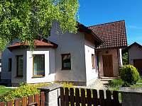 Dům z ulice - rekreační dům ubytování Březina