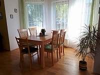 jídelna - rekreační dům k pronajmutí Březina